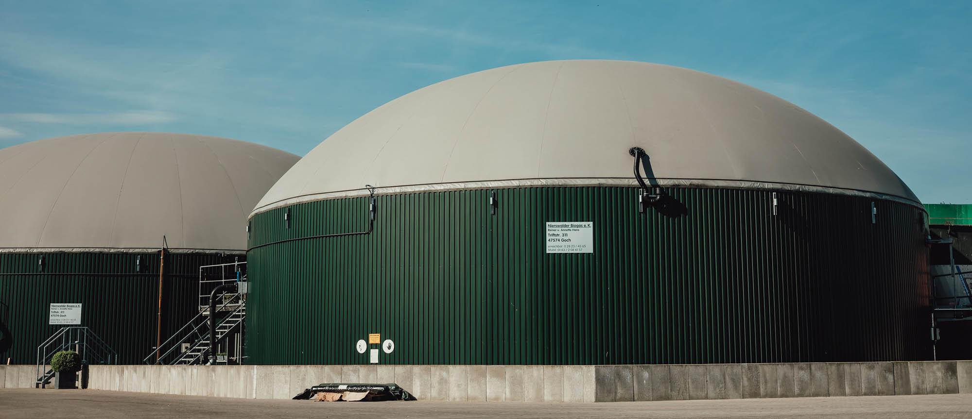 Biogasanlage Seitenansicht